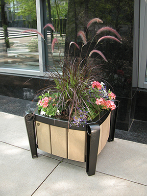 Flower Planter Cast Aluminum structure with 100% recycled plastic slats
