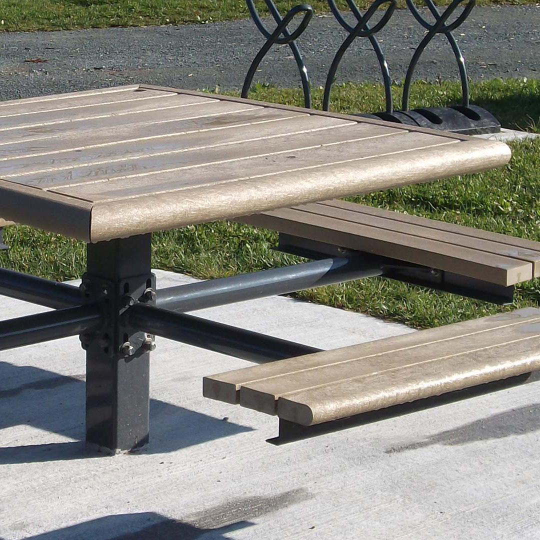 Composite Plastic Picnic Table